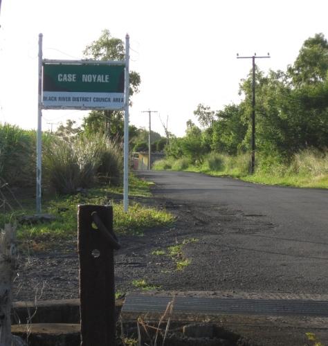 Entrée du village du côté de Chamarel.